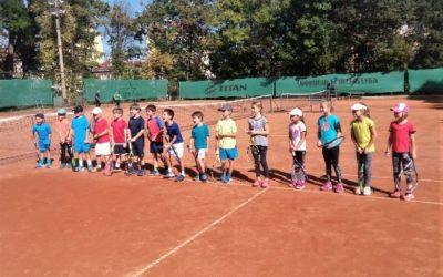 Проведе се регионален турнир по тенис до осемгодишна възраст от календара на БФТ